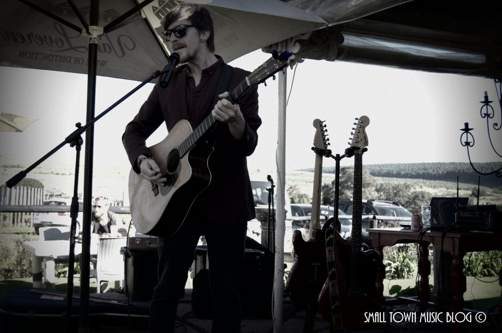 Albert Frost live in Kaapsehoop - photo Small Town Music