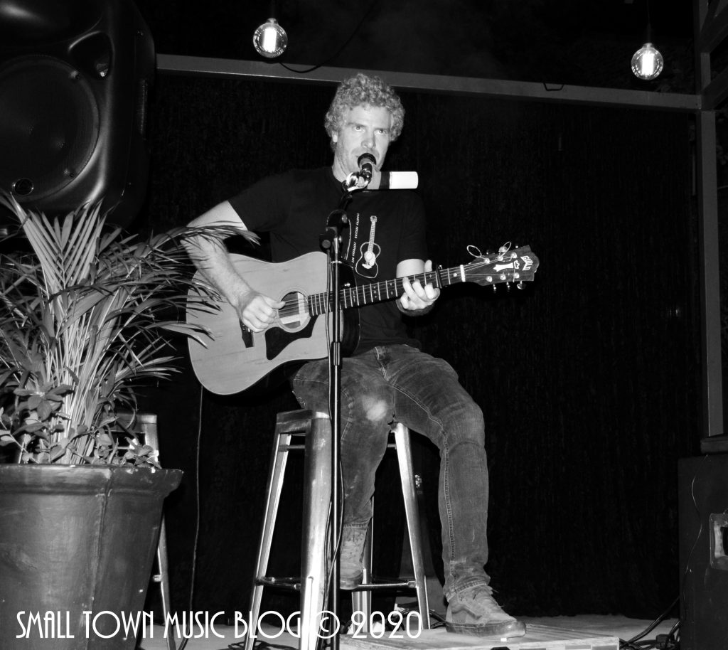 Gerald Clark live at Urban House, Nelspruit - photo by Small Town Music